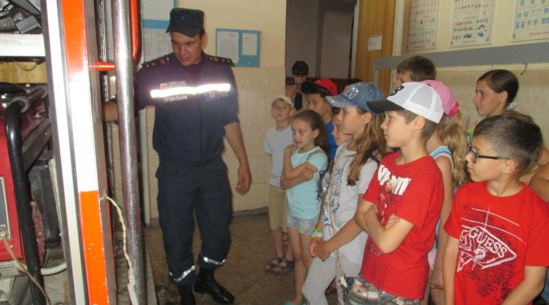 Измаильские школьники побывали в гостях у спасателей