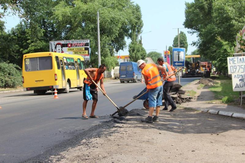 material-1498464513019-name-1498464524335 В Аккермане стартовал сезон ремонта дорог