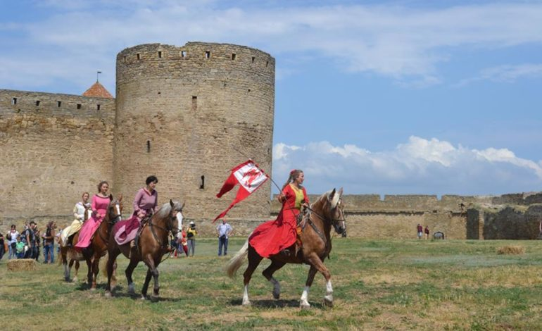 0-770x470 Времена отважных рыцарей и прекрасных дам: в Аккермане прошел самый масштабный фестиваль средневековой культуры
