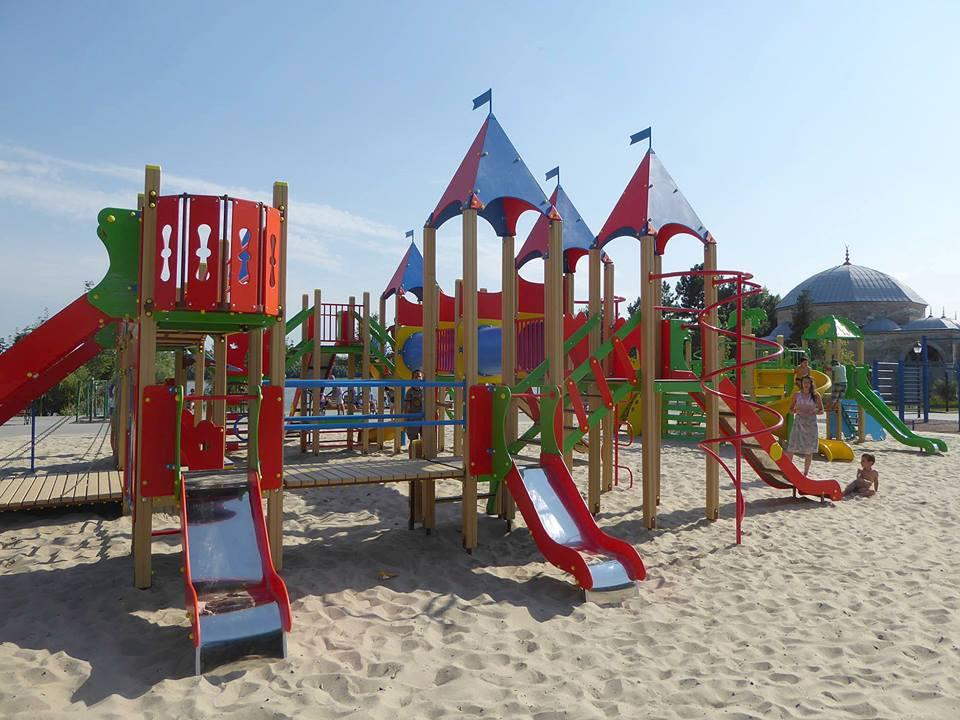 20108223_1882186595438832_7098651042907662125_n-1 Измаил: на набережной в Крепости открылась детская площадка