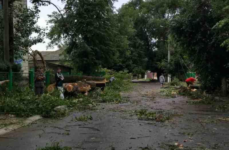 346346346 По Рени и району прокатился ураган, принесший немало хлопот коммунальщикам, местным жителям и фермерам