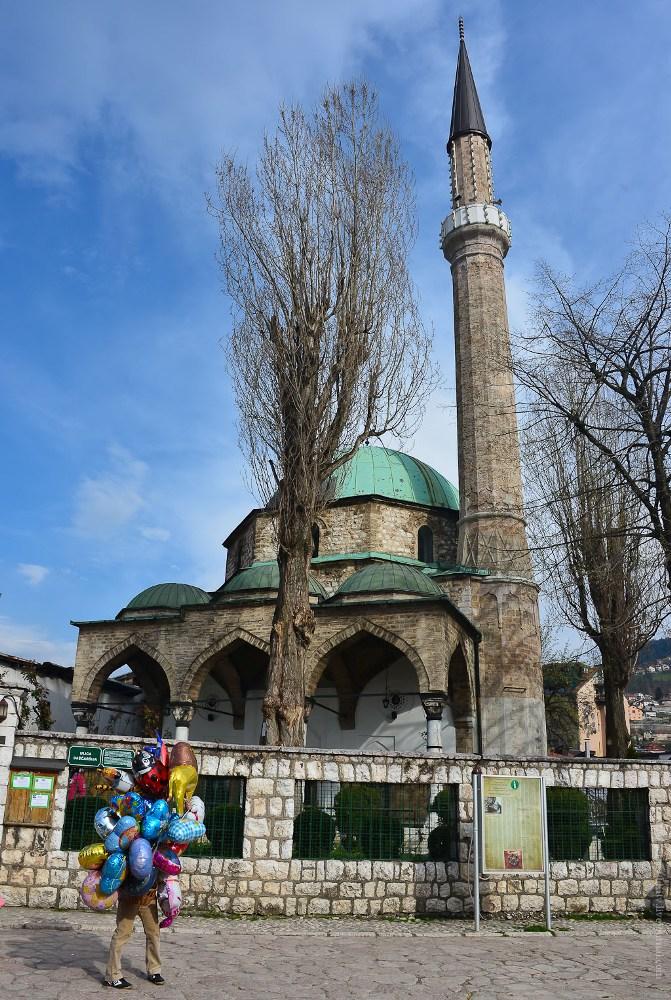 8-1 Фотофакт: у измаильской Диорамы есть сестра-близнец в Сараево