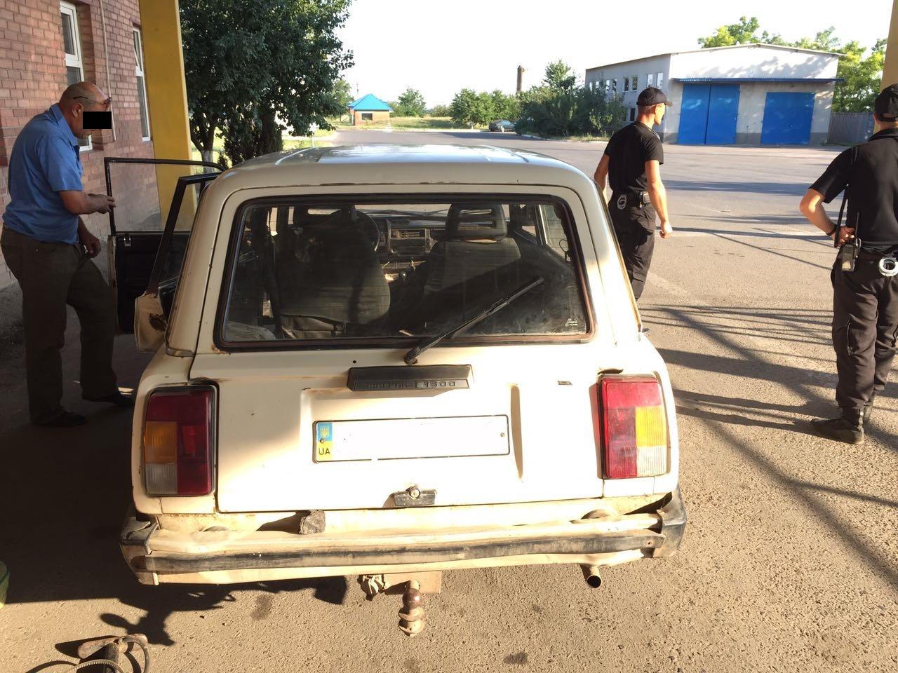 IMG-20170726-WA0007 Не перехитрил: из-за 89 пачек контрабандных сигарет гражданин Молдовы оставил автомобиль