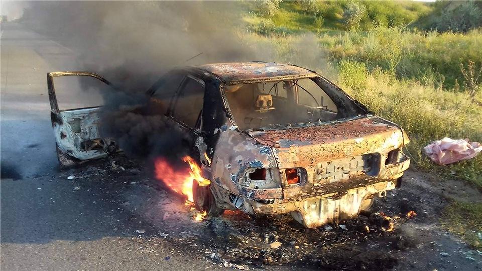 d312e87dc050 На Киевской трассе дотла сгорели пассажирский автобус и иномарка