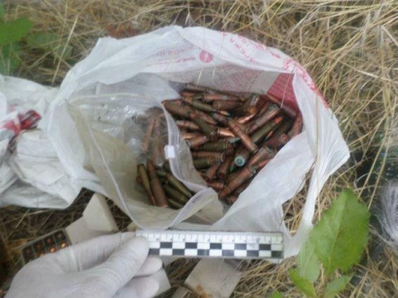 Житель Белгород-Днестровского р-на нашел в заброшенном доме сумку с взрывчаткой