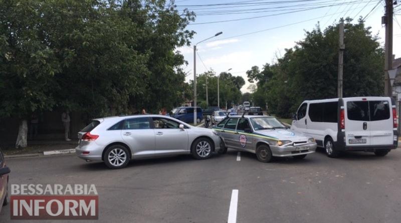 5996f9ee67e42_viber-image В Измаиле из-за ДТП оказался затруднен проезд по улице Белгород-Днестровской