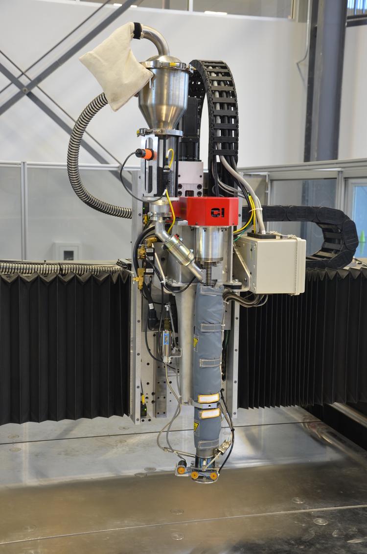 8d2aebdfe17547988a3961164c2081e7 Военно-морские силы США на 3D-принтере за месяц напечатали судно