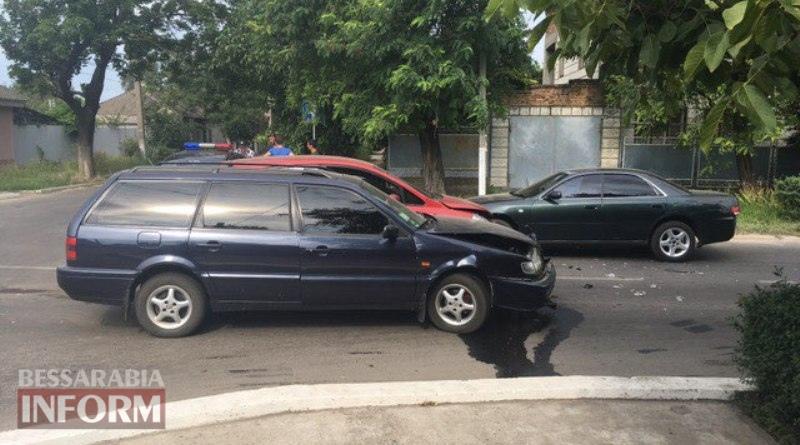 DTP-v-Izmaile В Измаиле на улице Белгород-Днестровской произошло тройное ДТП