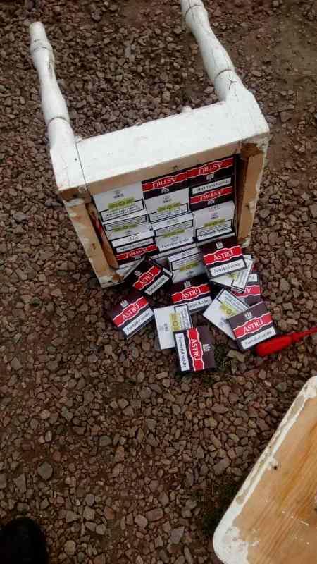 """IMG-20170828-WA0002 В Тарутинском районе пограничники обнаружили машину, """"нафаршированную"""" контрабандными сигаретами"""