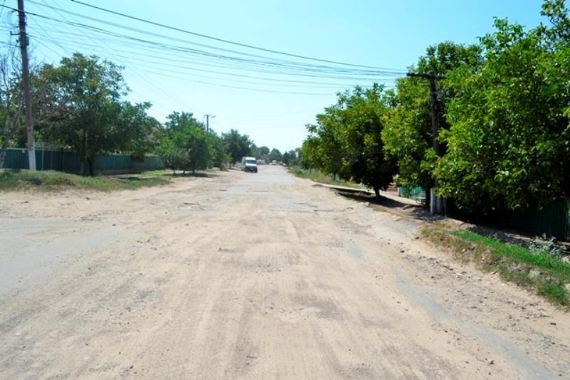dsc0037 В Болградском районе начался ремонт дороги, соединяющей Украину с Молдовой