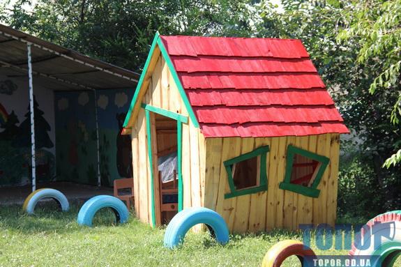 Сельсовет в Арцизском районе сделал маленьким жителям двух сел подарок в виде игровых площадок