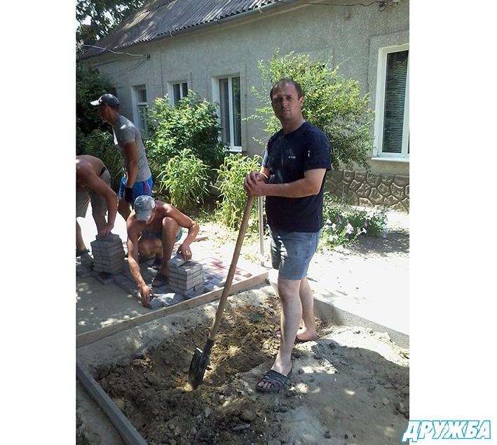 image3_3596 Болград: средства из депутатского фонда народные избранники направили на ремонт городских дорог