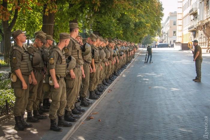 picturepicture_99150588194890_70953 Марш Равенства представителей ЛГБТ-сообщества «Одесса-Прайд» до финиша не дошел