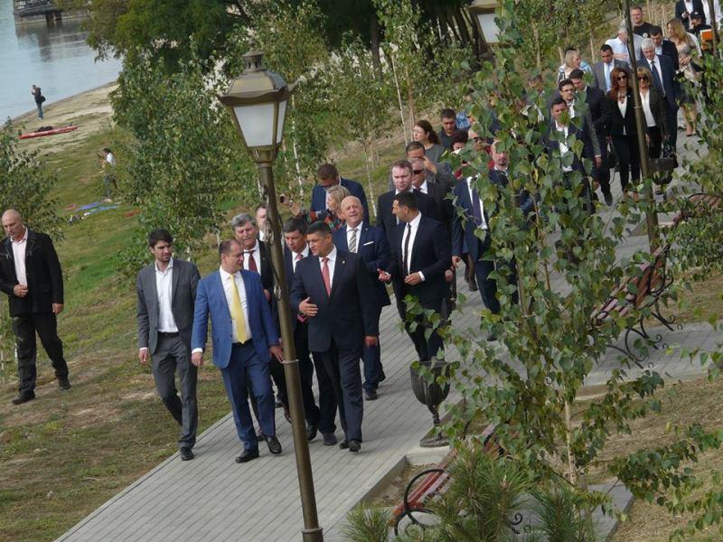 21942477_1491837997602348_106330277_n Столица Придунавья отмечает 427-й день рождения: широкое празднование началось с самого утра