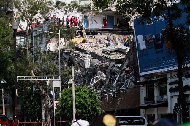 789555_main День в день: спустя 32 года в Мексике вновь произошло разрушительное землетрясение