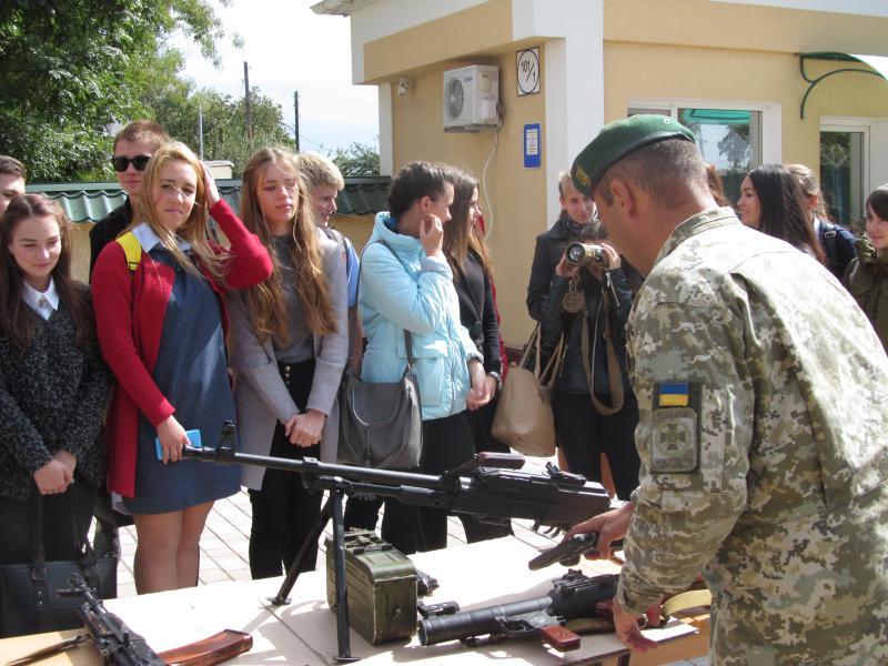 На протяжении сентября Измаильский погранотряд проводил экскурсии для выпускников школ