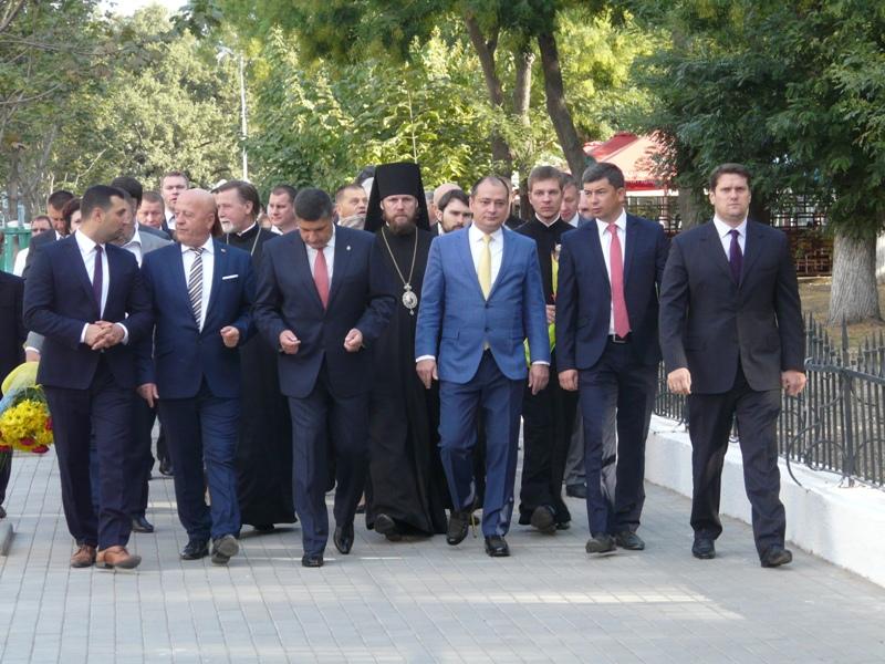 P1090234 Столица Придунавья отмечает 427-й день рождения: широкое празднование началось с самого утра