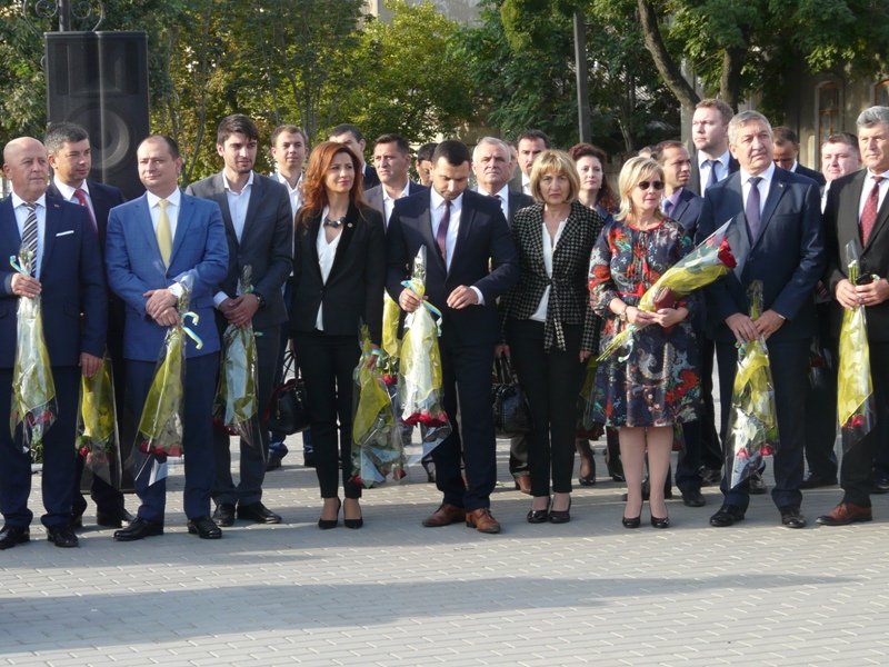 P1090241 Столица Придунавья отмечает 427-й день рождения: широкое празднование началось с самого утра