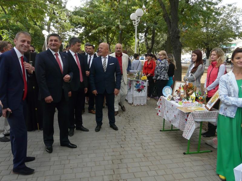 P1090389 Столица Придунавья отмечает 427-й день рождения: широкое празднование началось с самого утра