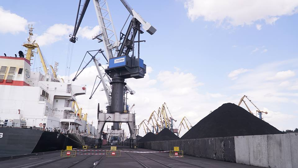 imgbig-11 Порт Одесской области начал принимать американский антрацит для украинских ТЭЦ