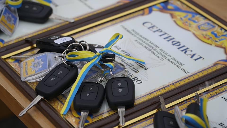 imgbig-9 Полицейские «бэтмены» Одесчины получили «крылья»: Максим Степанов передал правоохранителям 77 новых автомобилей