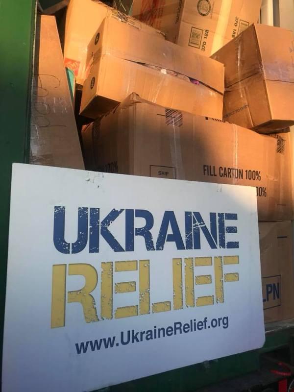 22489747_1967407346835234_9035174770896423799_n В Аккерман едет контейнер с благотворительной помощью из Америки