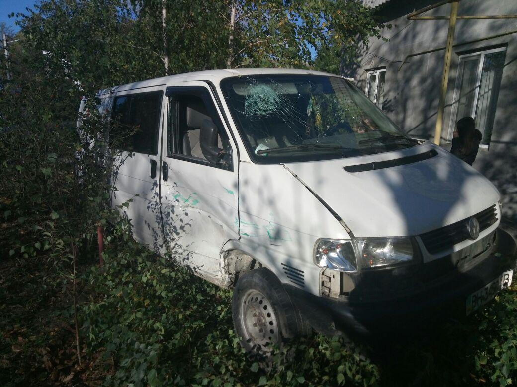23462346454 Измаил: на улице Горького в серьезное ДТП попал инкассаторский автомобиль