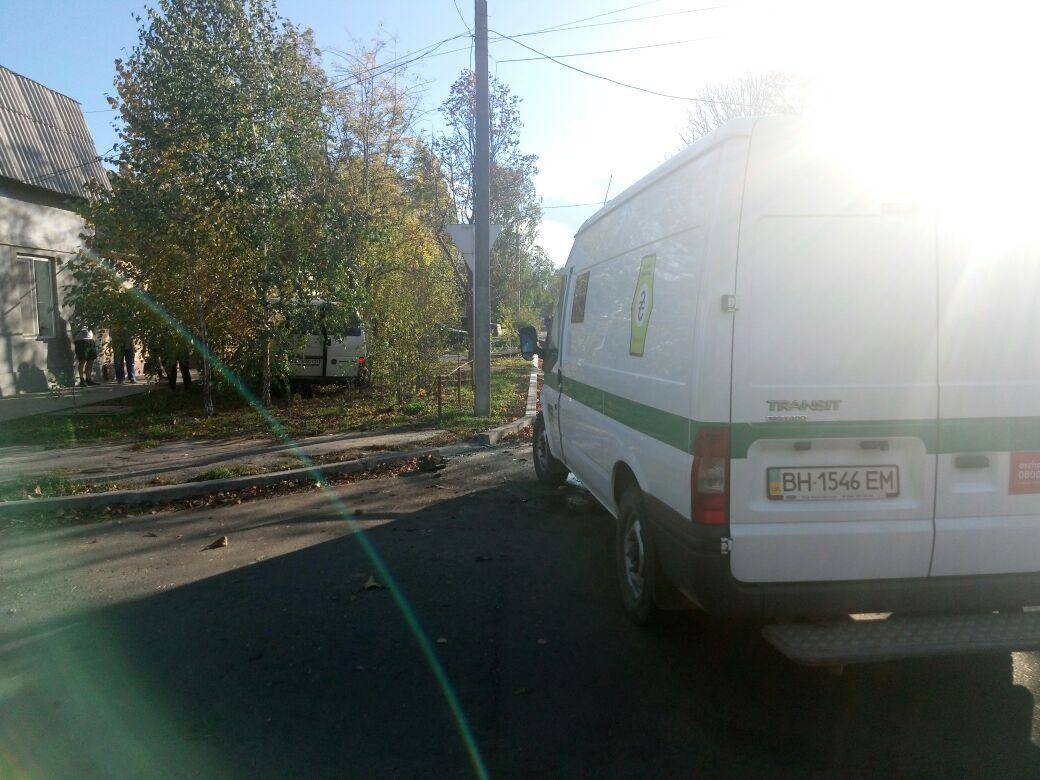 Измаил: на улице Горького в серьезное ДТП попал инкассаторский автомобиль