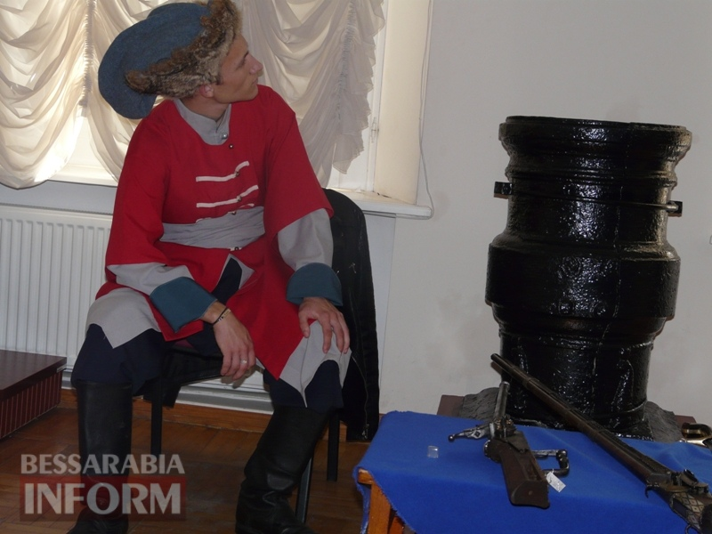 59e75f345b6ca_P1140357 В Измаиле продемонстрировали подлинные образцы казацкого оружия