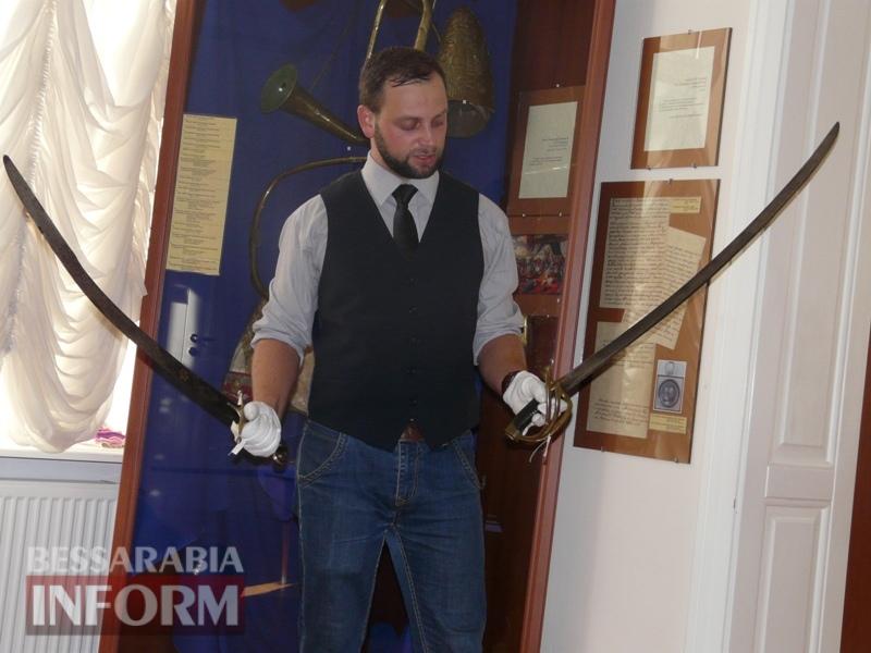 59e75fd726b9c_P1140358 В Измаиле продемонстрировали подлинные образцы казацкого оружия