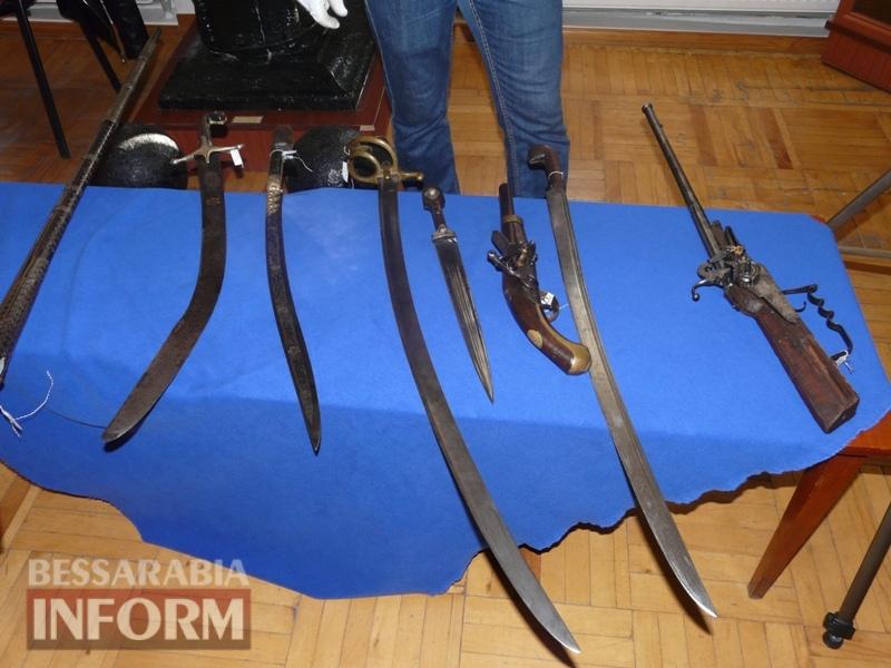 59e75ff589c69_P1140371 В Измаиле продемонстрировали подлинные образцы казацкого оружия