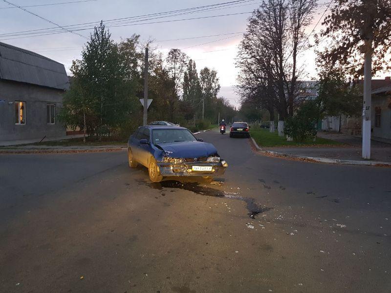6548 Измаил: ДТП на углу улиц Коммерческая и Горького - два искореженных авто