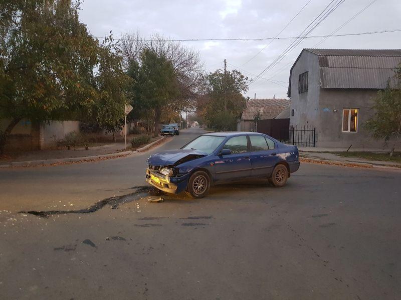 65484 Измаил: ДТП на углу улиц Коммерческая и Горького - два искореженных авто