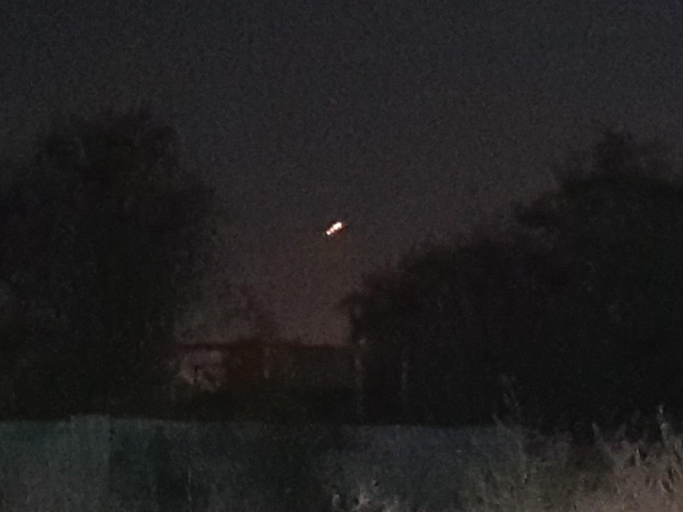 70YHhGqsobo Жителей Килийщины напугал неопознанный светящийся объект, который летал над районом