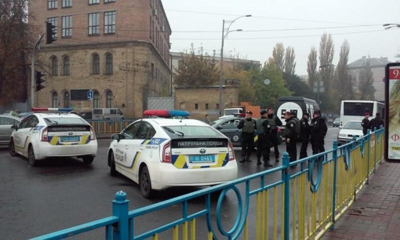 97f0257-perekryto-ruh Сегодня в Киеве ожидаются массовые протесты - в столице усилили меры безопасности