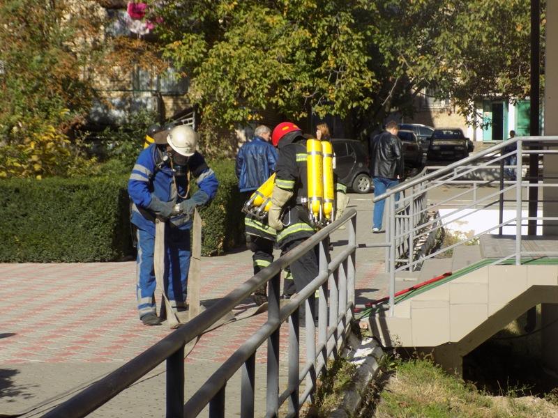 """DSCN0265 Измаильский отдел полиции был экстренно """"эвакуирован"""" из собственного здания"""