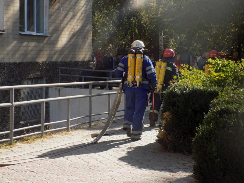 """DSCN0273 Измаильский отдел полиции был экстренно """"эвакуирован"""" из собственного здания"""