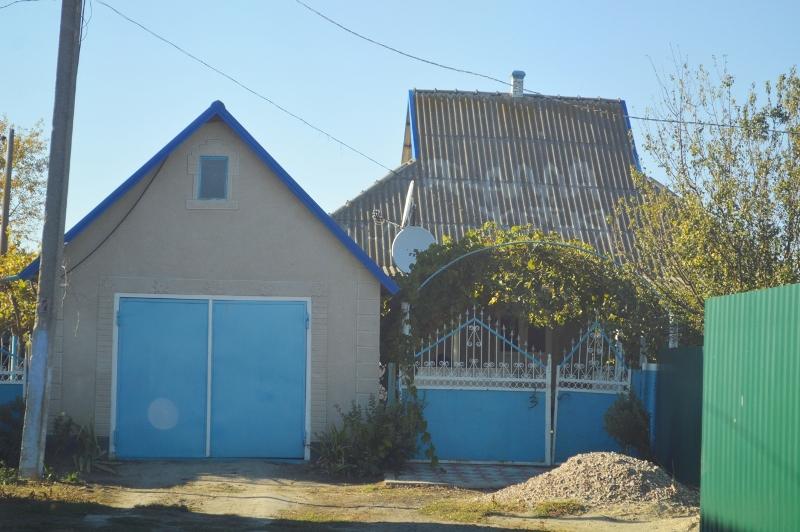 DSC_2547 Романтическая традиция: в селе Килийского района о приближении в доме свадьбы можно узнать… по крыше