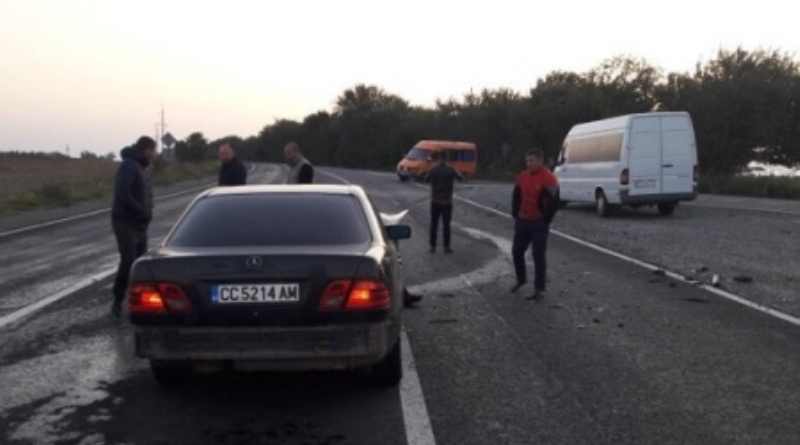 DTP-na-trasse-Odessa-Reni В результате серьезного ДТП на трассе под Измаилом пострадало 3 человека