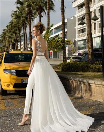b78f8b101655 Хотите купить свадебное платье? Гид по неделе моды в Нью-Йорке