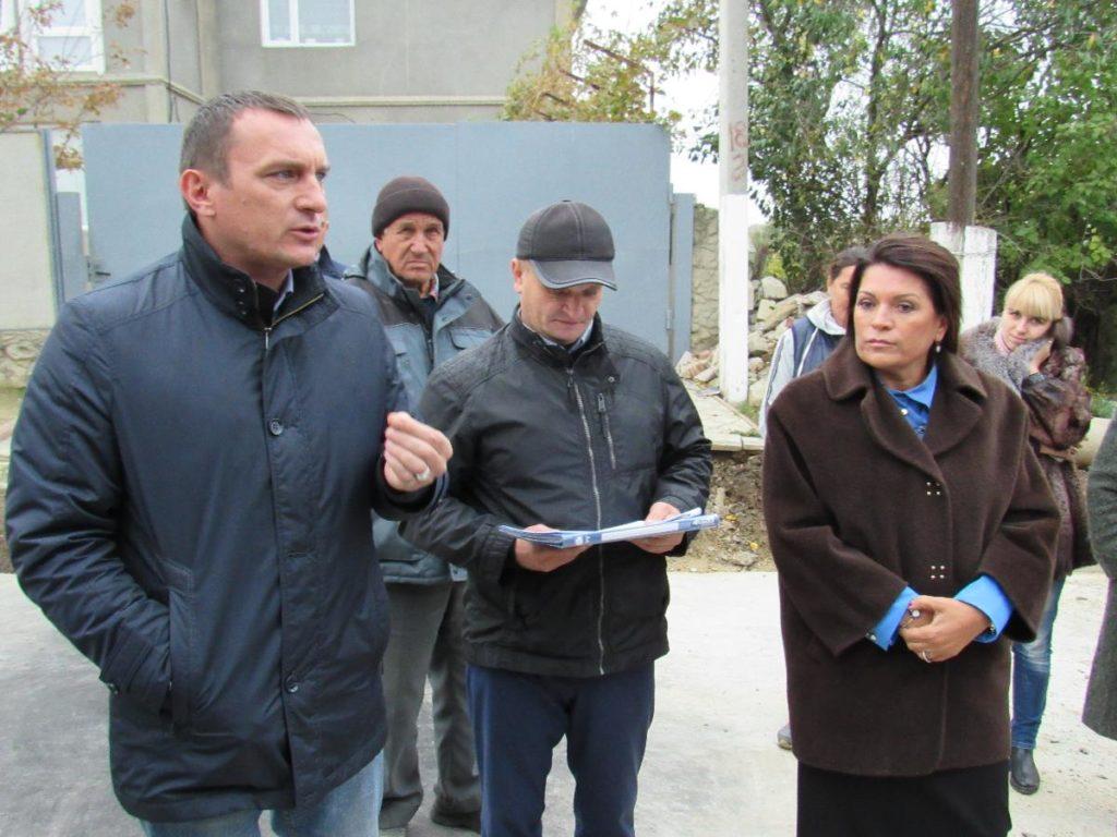 material-1508932137858-name-1508932168020-1024x768 Мэр Аккермана Алла Гинак встретилась с жителями реставрируемой улицы Тираспольской