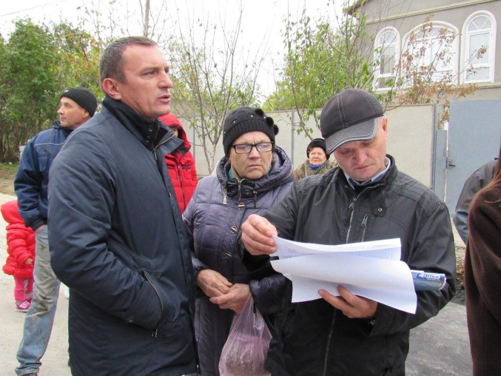 material-1508932137858-name-1508932172127-1024x768 Мэр Аккермана Алла Гинак встретилась с жителями реставрируемой улицы Тираспольской
