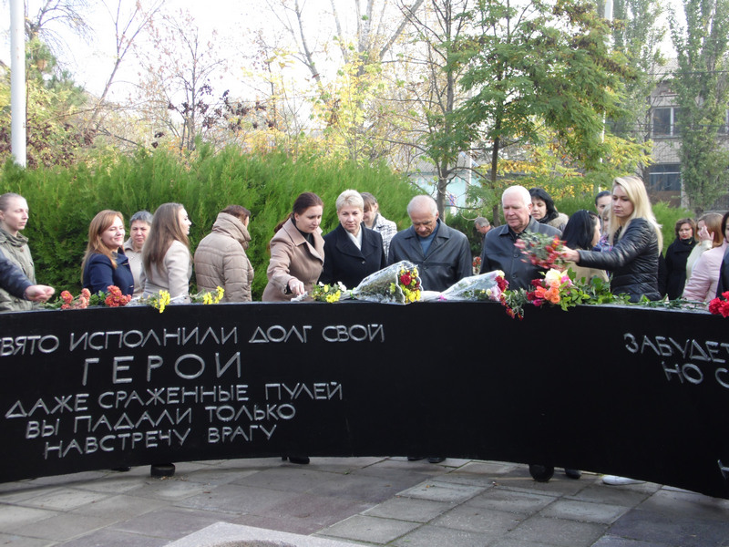 sam_0287 К годовщине: сегодня в Килии состоялось торжественное возложение цветов