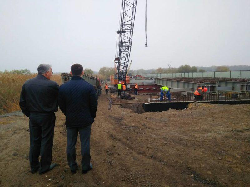 1-4-e1510233127353 Глава САД проверил ремонт моста в районе Паланки - прогнозов о завершении строительства не дал