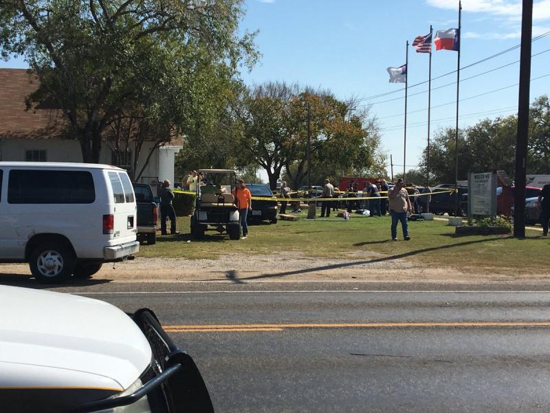 Кровавый террор в церкви в Техасе: 26 человек убиты, 20 ранены