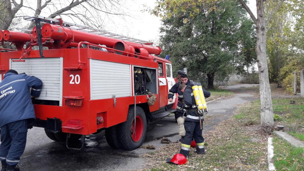 20171103_111628-1024x576 Измаильские спасатели отрабатывали с сотрудниками «инфекционки» действия в случае возникновения пожара