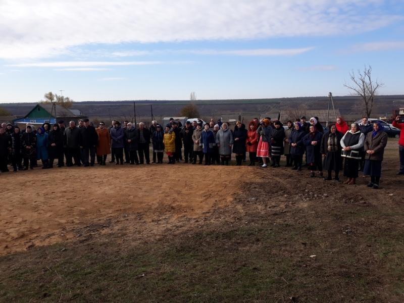 20171121_113746 Начало новой жизни: в селе Тарутинского района запуск газа встречали аплодисментами и плясками