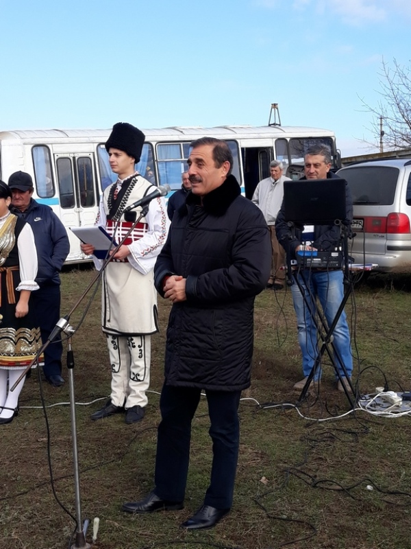 20171121_113901 Начало новой жизни: в селе Тарутинского района запуск газа встречали аплодисментами и плясками