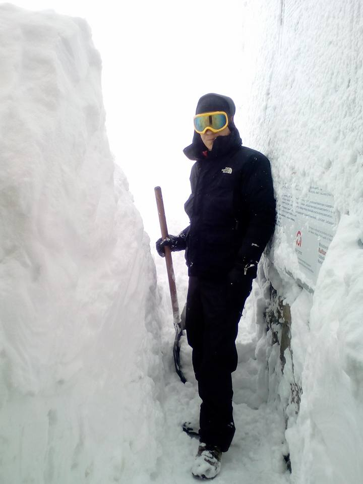 22886092_1149478725185225_1695558659218034015_n В Карпатах местами уже намело 1-2 метра снега