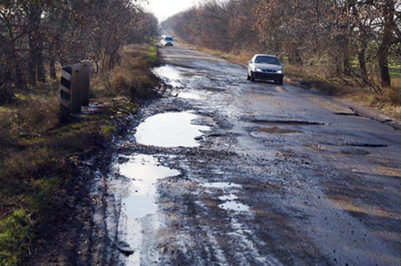 23131826_1835846966443310_5563561849033322839_n Депутаты Болградского райсовета просят внести в областной бюджет 2018 года средства для ремонта автодорог в районе